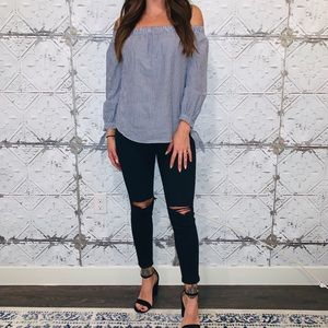 Abercrombie & Fitch Off The Shoulder Top